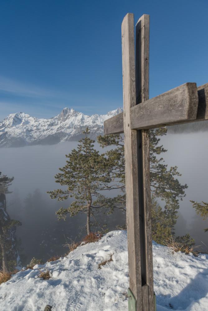 - Dörfelstein Ennstal Europa Gesäuse Gipfel Hall Hochformat Jahreszeit Jahreszeiten Natur Schnee Steiermark Winter Xeis grau Österreich