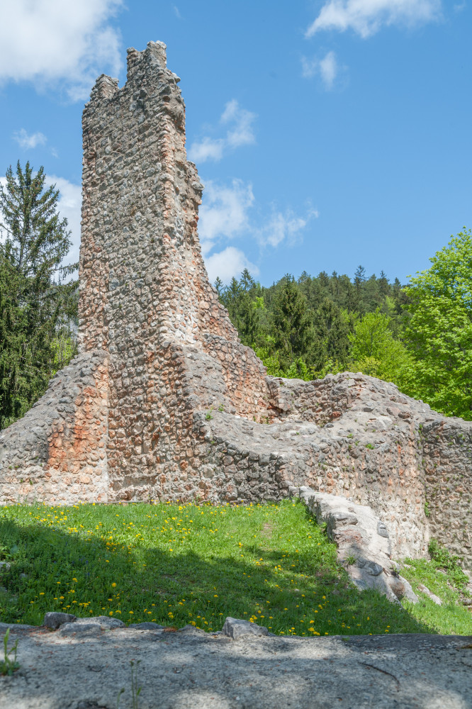 Ruine Wolkenstein - Architektur Bauwerke Burg Ennstal Europa Gebäude Hochformat Ruine Ruine Wolkenstein Ruinen Steiermark Wörschach Österreich