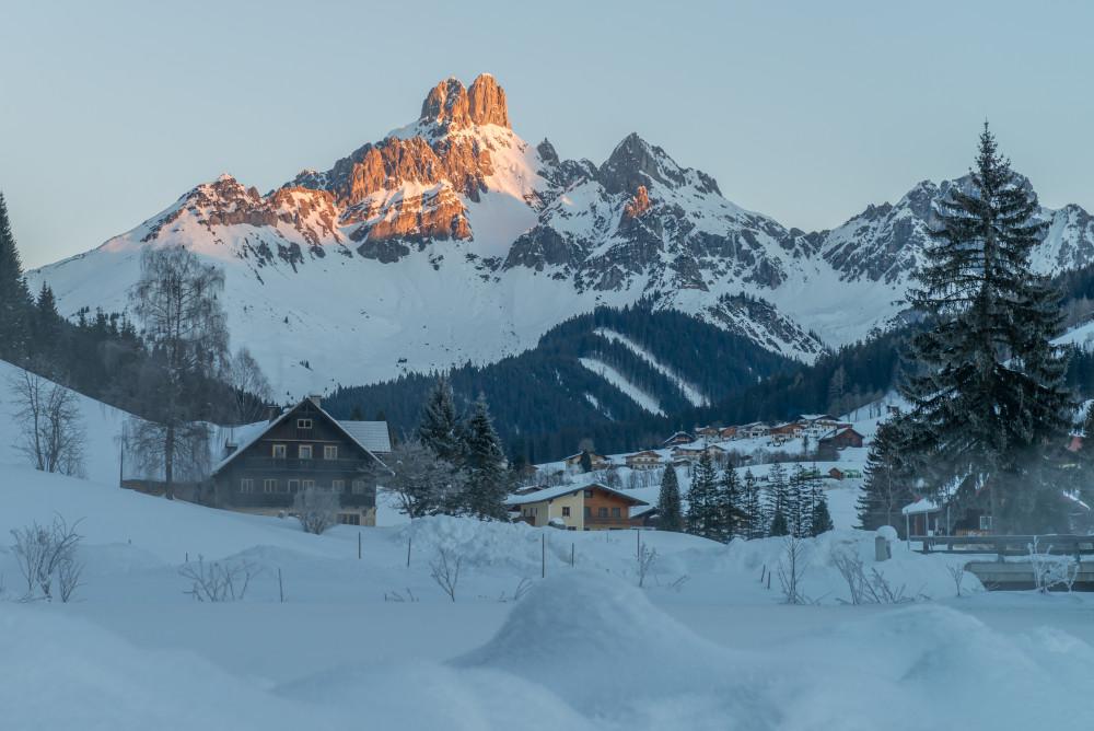 - Ballonfahrt Filzmoos Jahreszeit Jahreszeiten Natur Schnee Winter