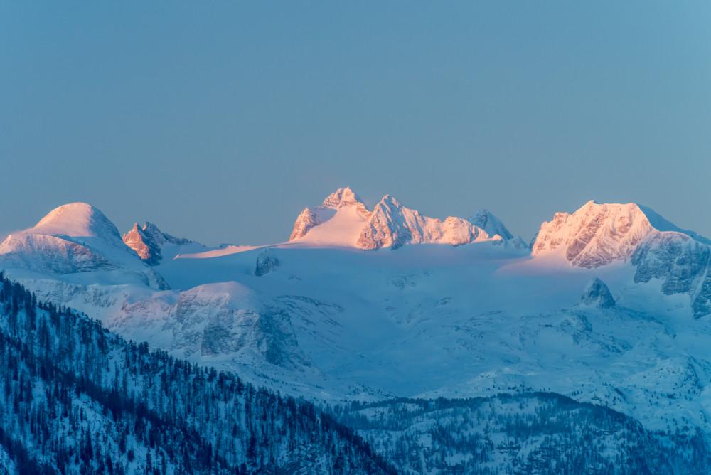 - Altaussee Ausseerland Berg Europa Natur Salzkammergut Schnee Steiermark Tressenstein Winter grau Österreich