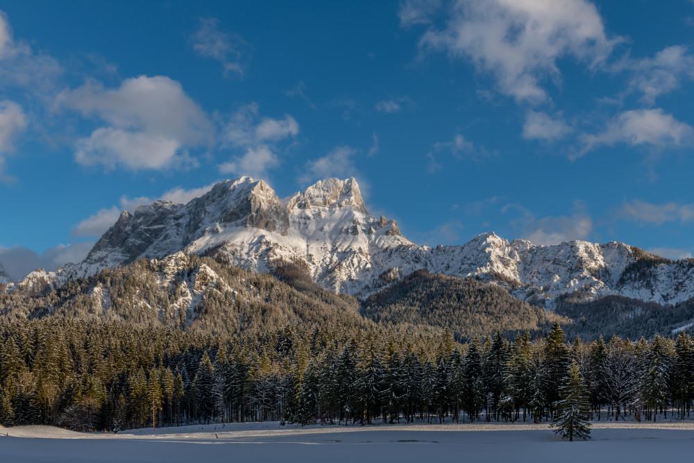 Blick auf den Buchstein - Berg Buchau Buchauer Sattel Buchstein Ennstal Europa Gewässer Himmel Jahreszeit Jahreszeiten Natur Schnee See Steiermark Wasser Winter Wolken Österreich