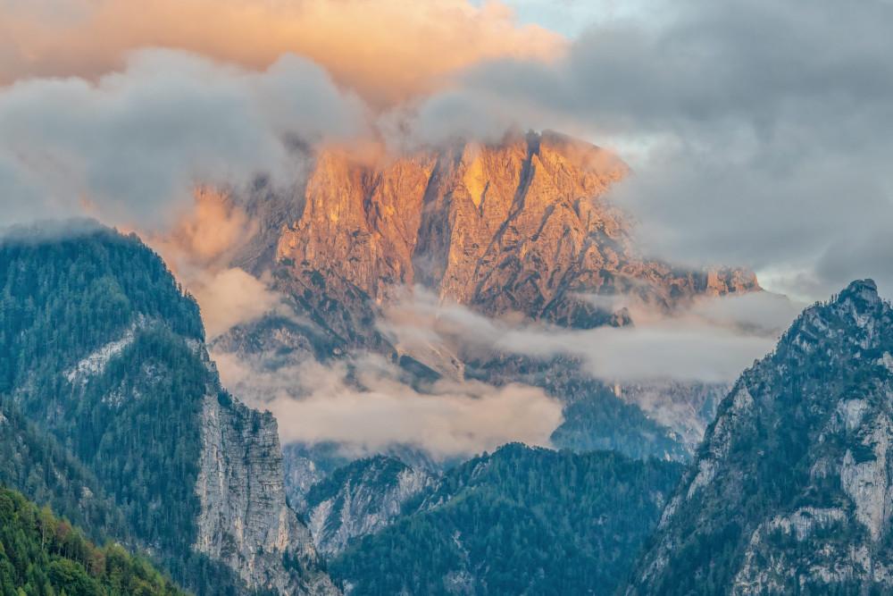 Wolkenstimmung im Gesäuseeingang - Berg Ennstal Europa Gesäuse Haindlmauer Highlight Himbeerstein Himmelserscheinungen Hochtorgruppe Natur Sommer Steiermark Wolken Xeis grau Österreich