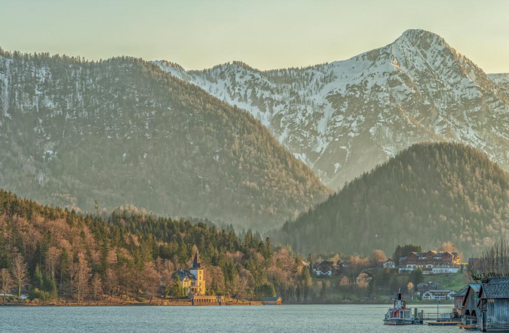 - Ausseerland Europa Fluss Gewässer Grundlsee Natur Salzkammergut Schiff See Steiermark Ungesättigt Wasser grau Österreich