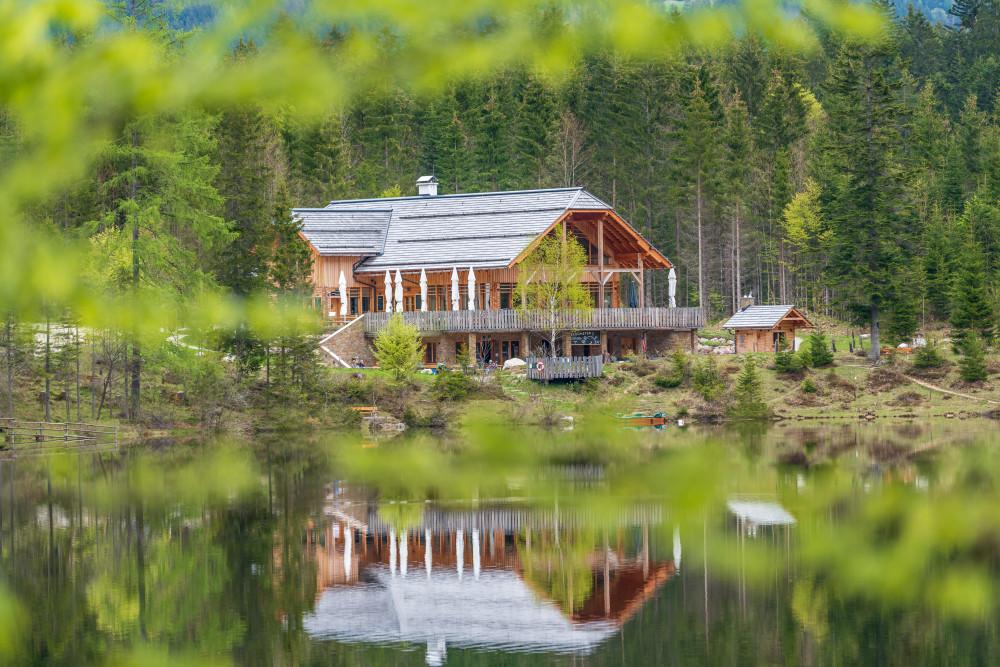 Kohlröserlhütte am Ödensee - Architektur Ausseerland Dunkel Europa Fluss Gebäude Gewässer Hütte Natur Pavillon Salzkammergut See Steiermark Wasser grau Ödensee Österreich
