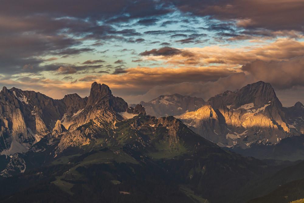 Gosaukamm und Dachstein von der Karalm - Berg Bischofsmütze Dachstein Europa Highlight Himmel Kontrastarm Mütze Natur Steiermark Wolken grau Österreich
