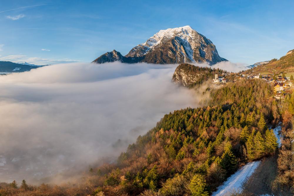 - Berg Ennstal Europa Grimming Grimming-Donnersbachtal Herbst Jahreszeit Jahreszeiten Kontrastreich Kripperl der Steiermark Natur Pürgg Steiermark Wolken Österreich