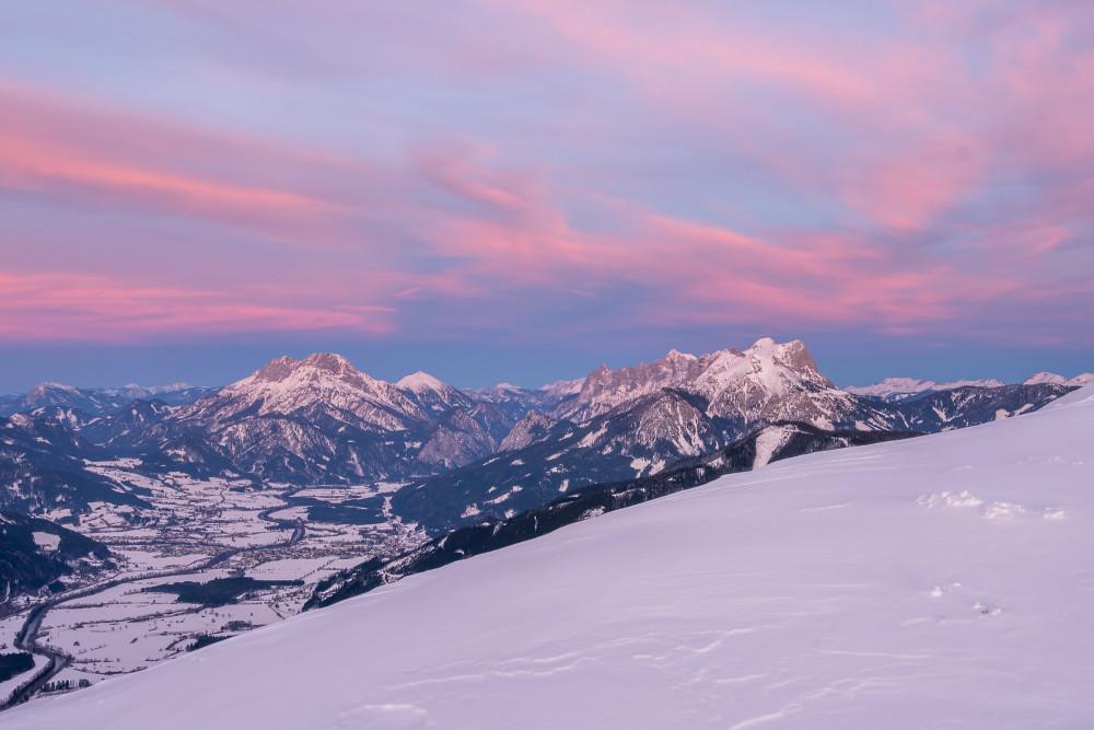 winterliche Sonnenuntergangsstimmung am Dürrenschöberl - Berg Dürrenschöberl Dürrnschöberl Hell Himmel Natur Naturereignis Regenbogen Schnee Winter Wolken grau lila
