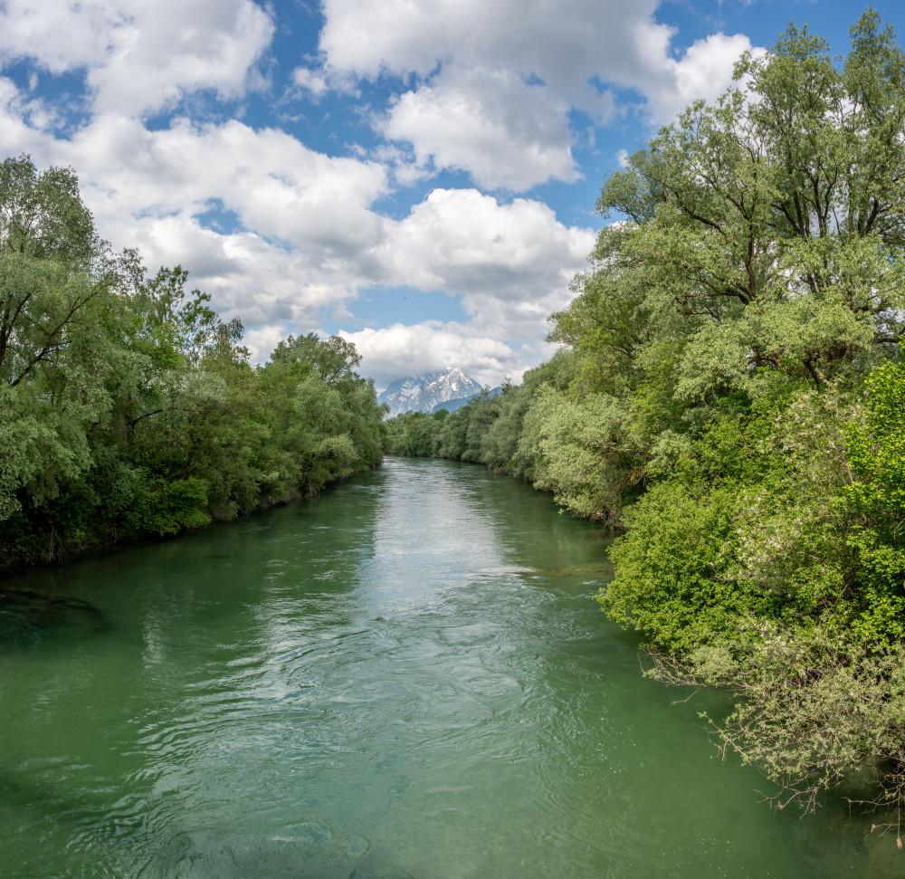 - Baum Ennsbrücke Ennstal Europa Fluss Gewässer Himmel Holz Natur Pflanze Steiermark Wasser Wolken Österreich